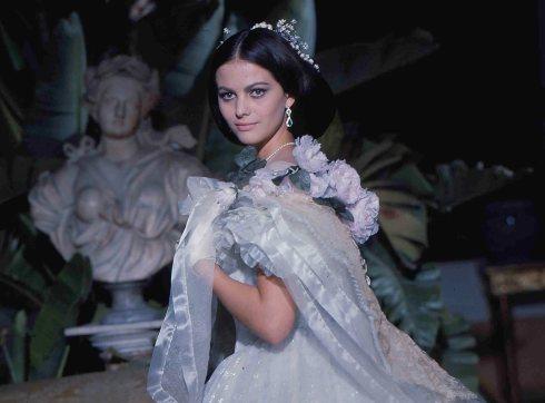 01-Claudia Cardinale-b