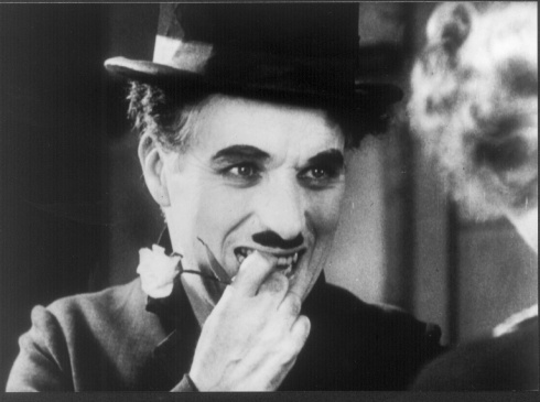 Charles Chaplin e Virginia Cherril: coisas mais importantes que a palavra