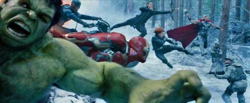 Cena da primeira sequência do novo 'Vingadores': gente demais
